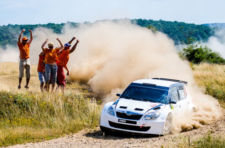 035 Croatian rally fans