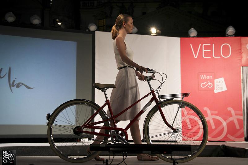 Biciklis divatbemutató Bécsben
