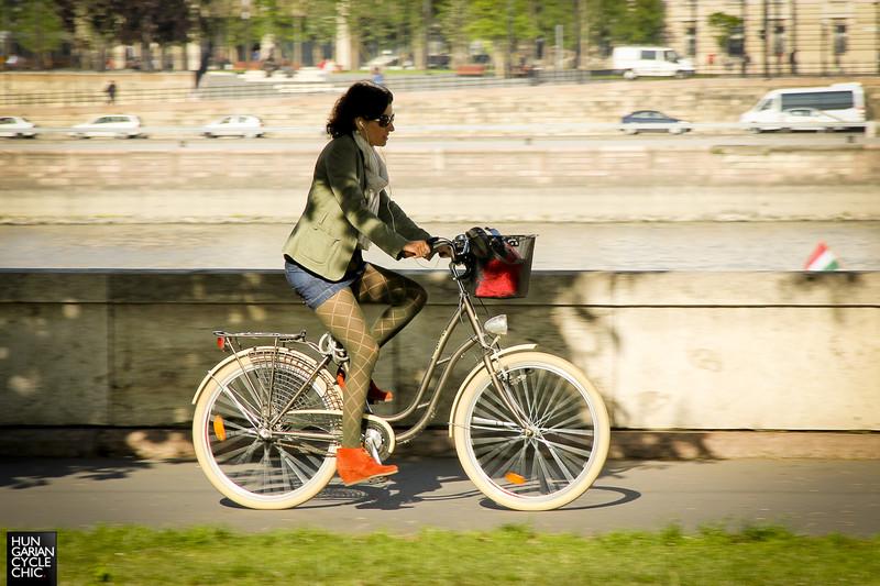 Munka utáni bringázás level: Cyclechic