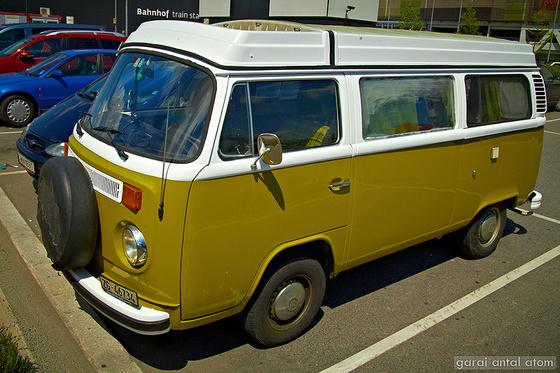 atom: Volkswagen T2 Camper van
