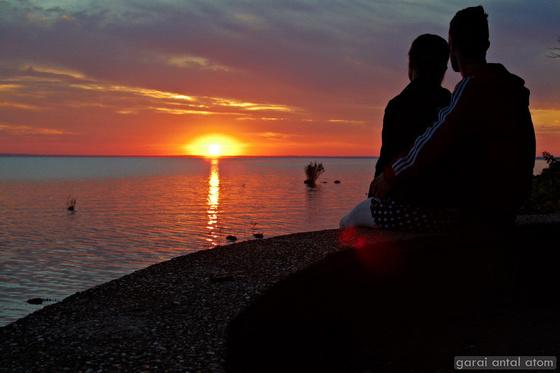 Napkeltés romantikus reggeli Tihanyban - TimeLapse videóval