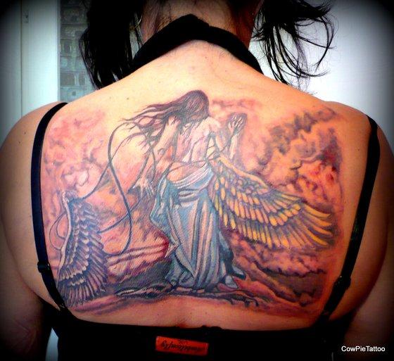 Cowpie tattoo Püspökhatvan 06-70-423-6481