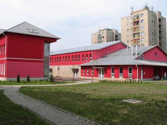 pirosiskola: 2012 2013 15 Archív képek 103 2006-Ilyen lett - indafoto.hu