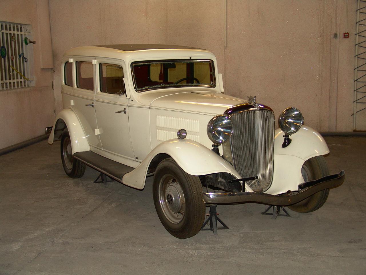 Iranian car museum, Karaj,July13,2010 005