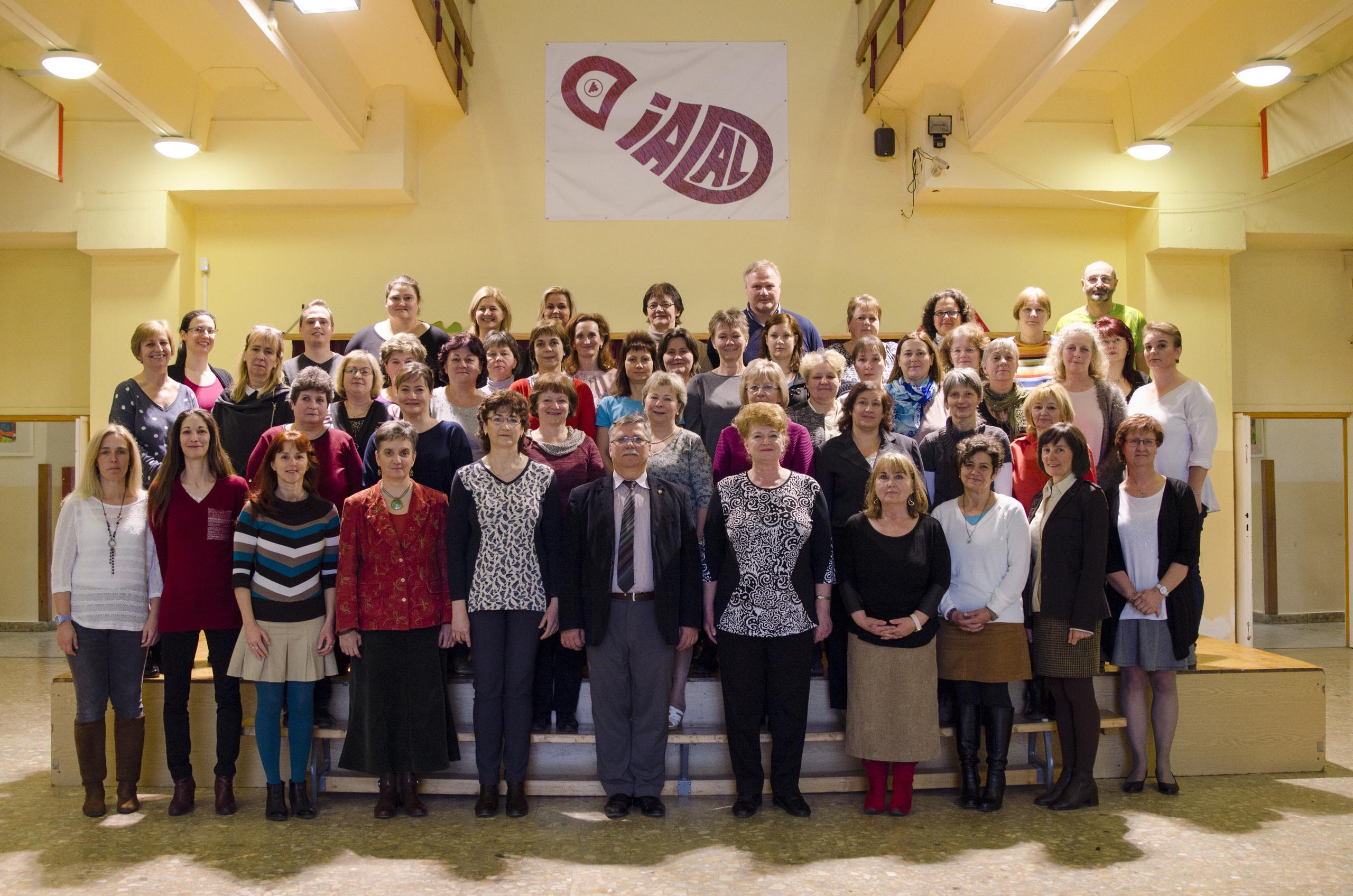 Diadal Úti Általános Iskola: Diadal - Tantestületi tabló 2018.02. - indafoto.hu