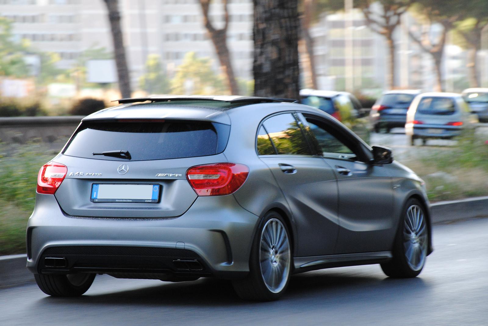Mercedes-Benz A 45 AMG W176