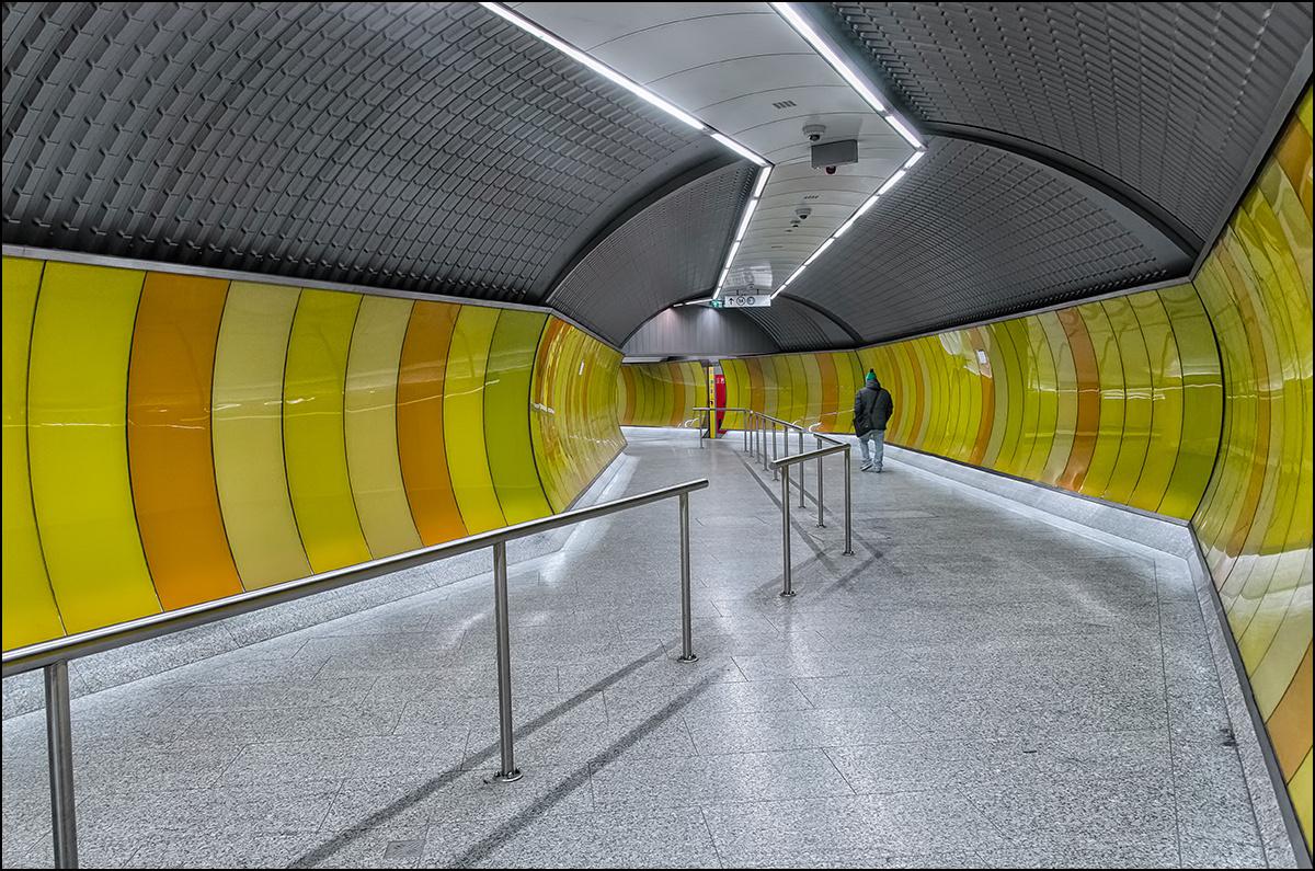 4-s metró Kálvin tér