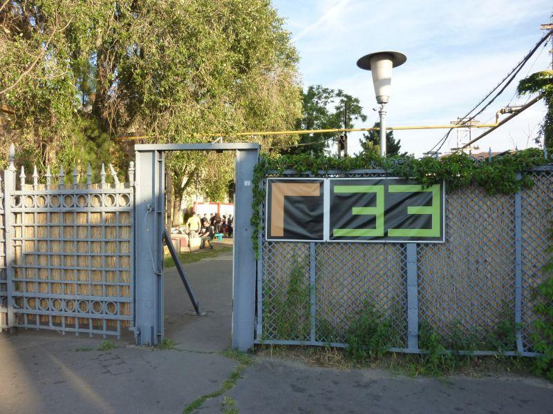 Itt a kapu