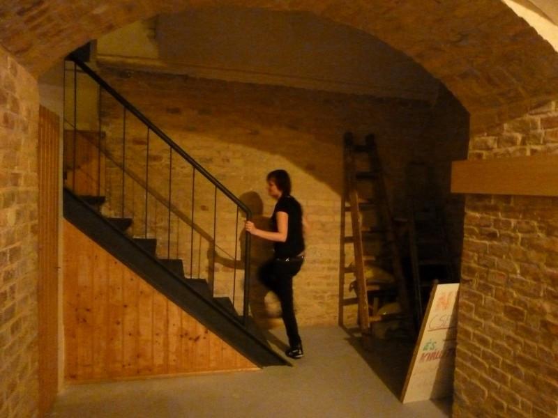 Lépcső vezet