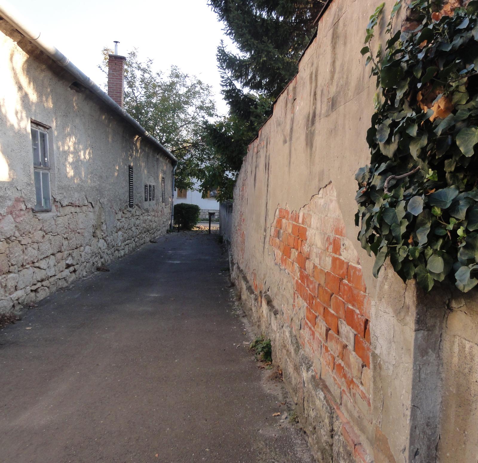 Budaörs, Kossuth utca.
