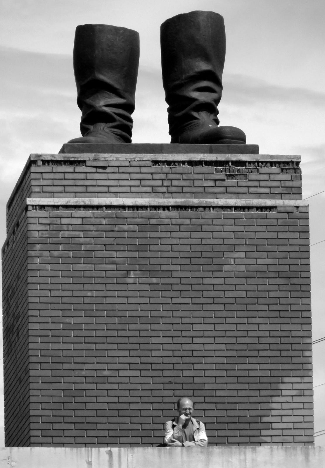Sztálin csizmája alatt...