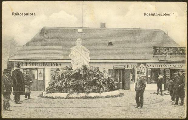 Kossuth-szobor egy képeslapon