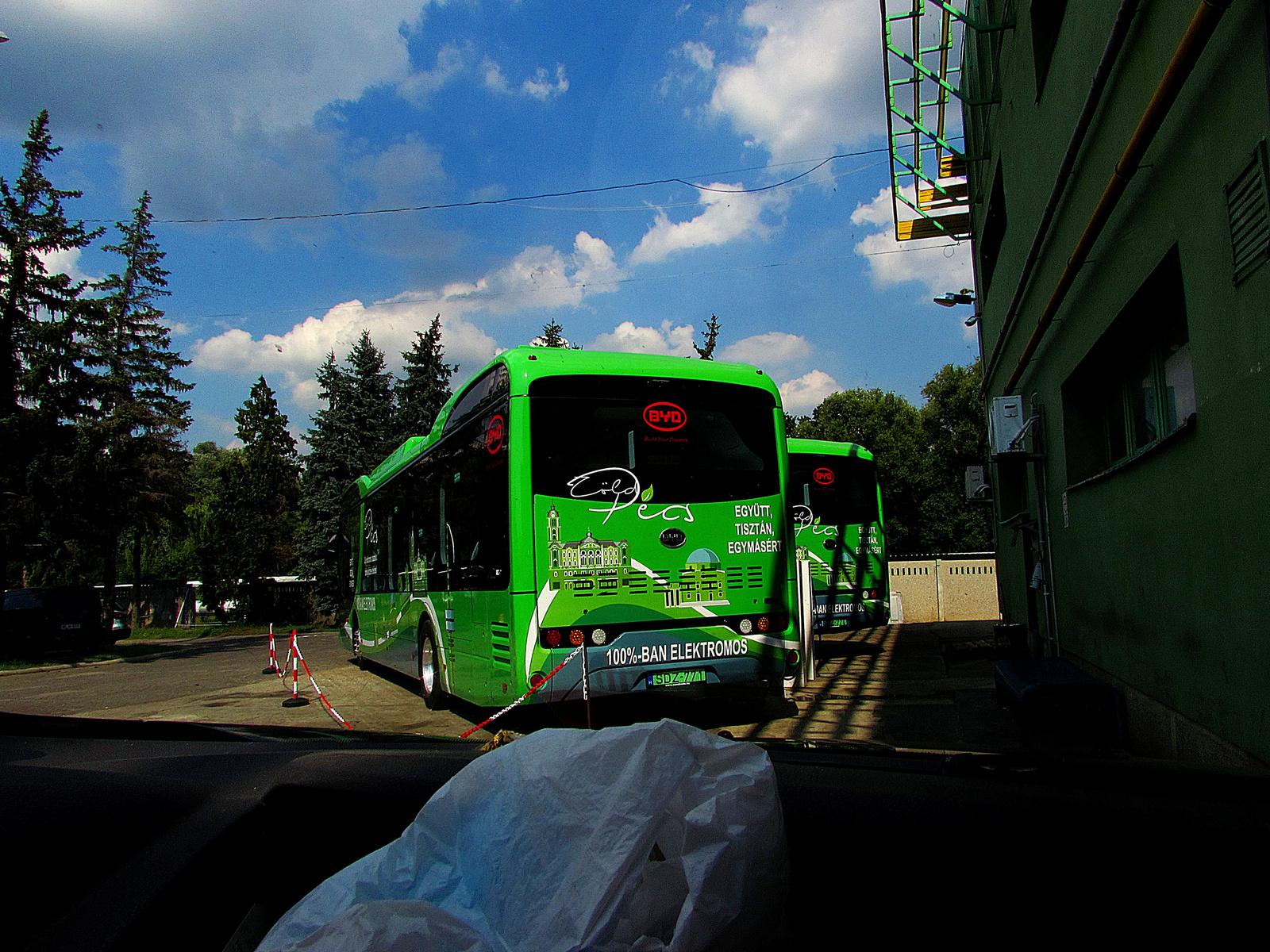 elektromos autóbusz