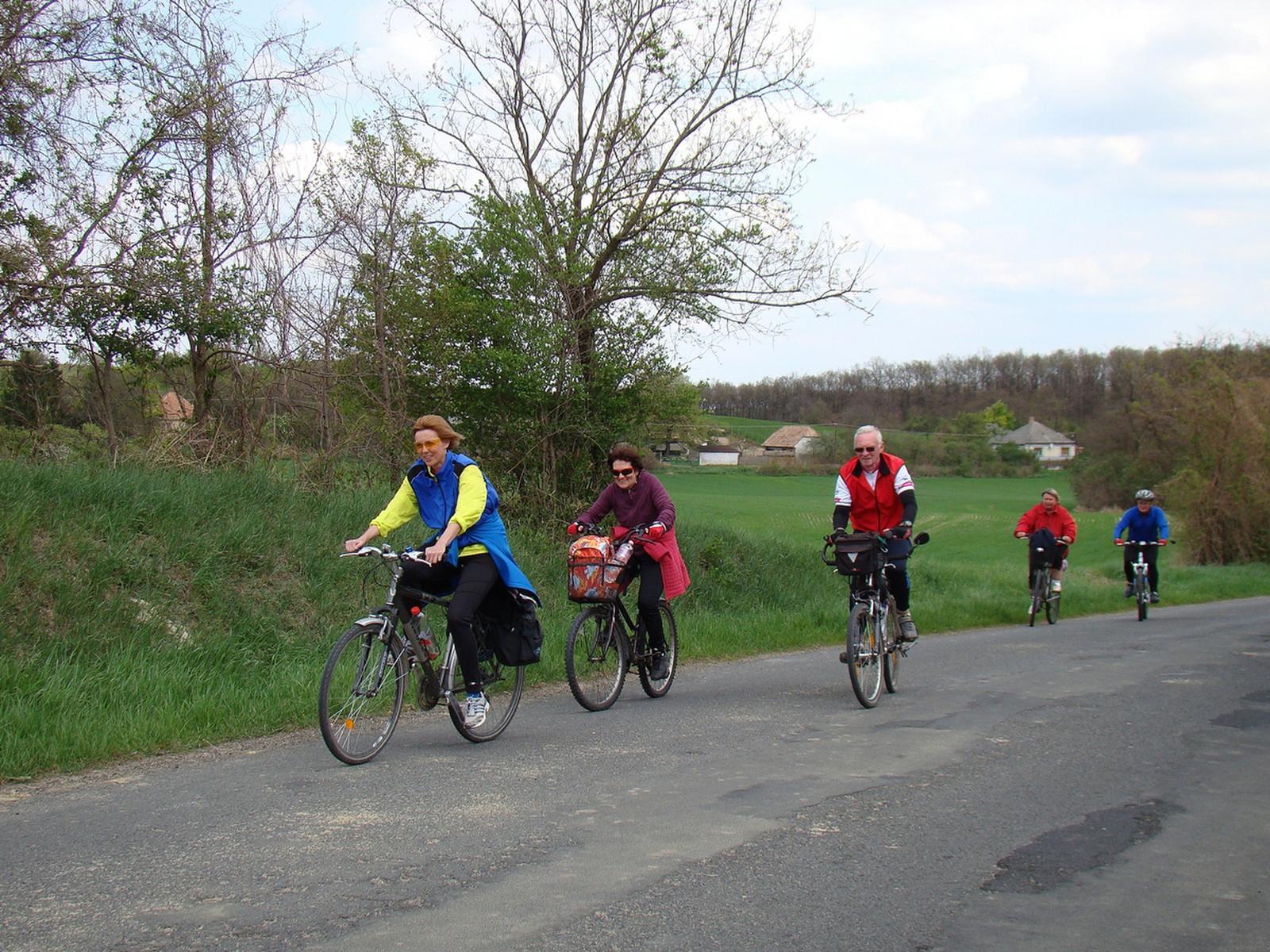 2012 április Győr-Pannonhalma-Győr bringatúra (72)