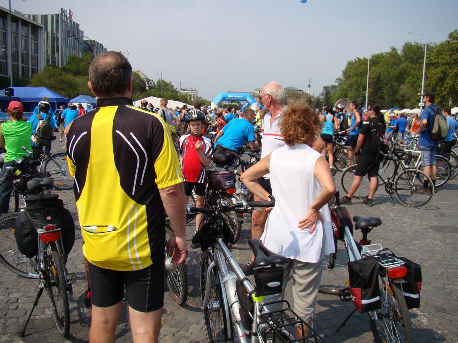 2012 szeptember K§H olimpiai bringatúra Budapest(34)