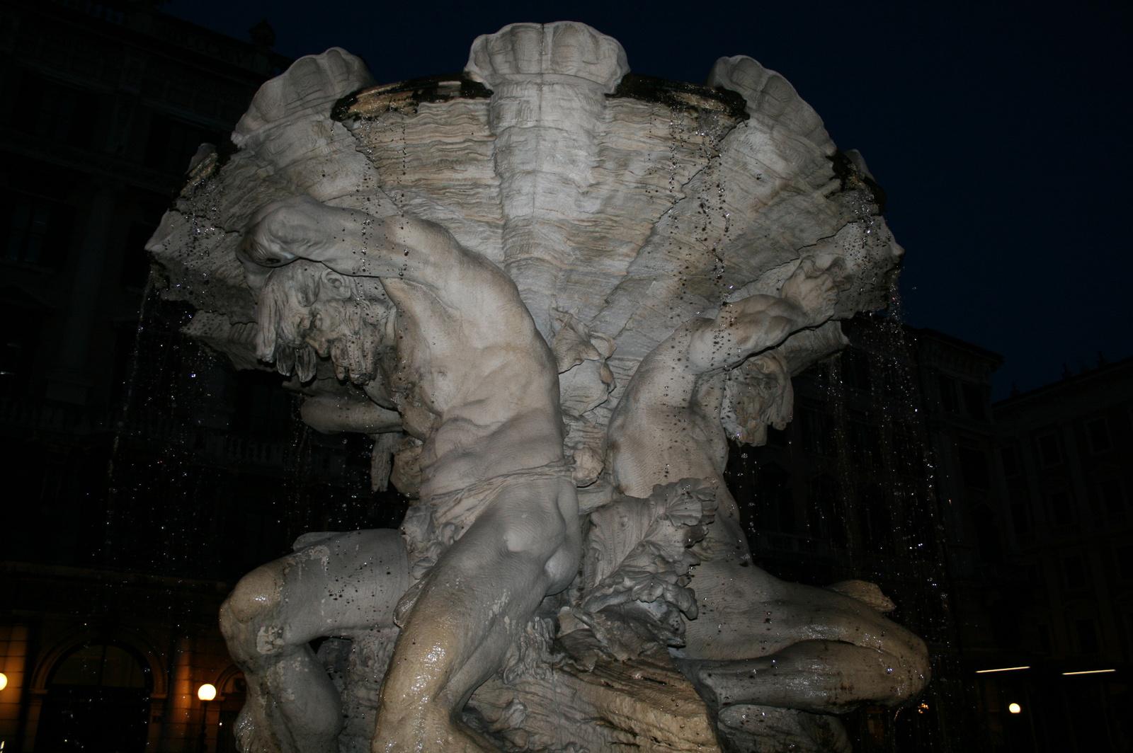 Vízcseppek (Fontana dei Tritoni, Trieszt)