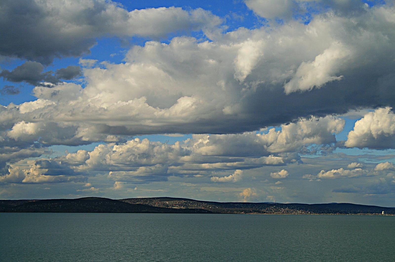 Márciusi felhők (Herminek :-))