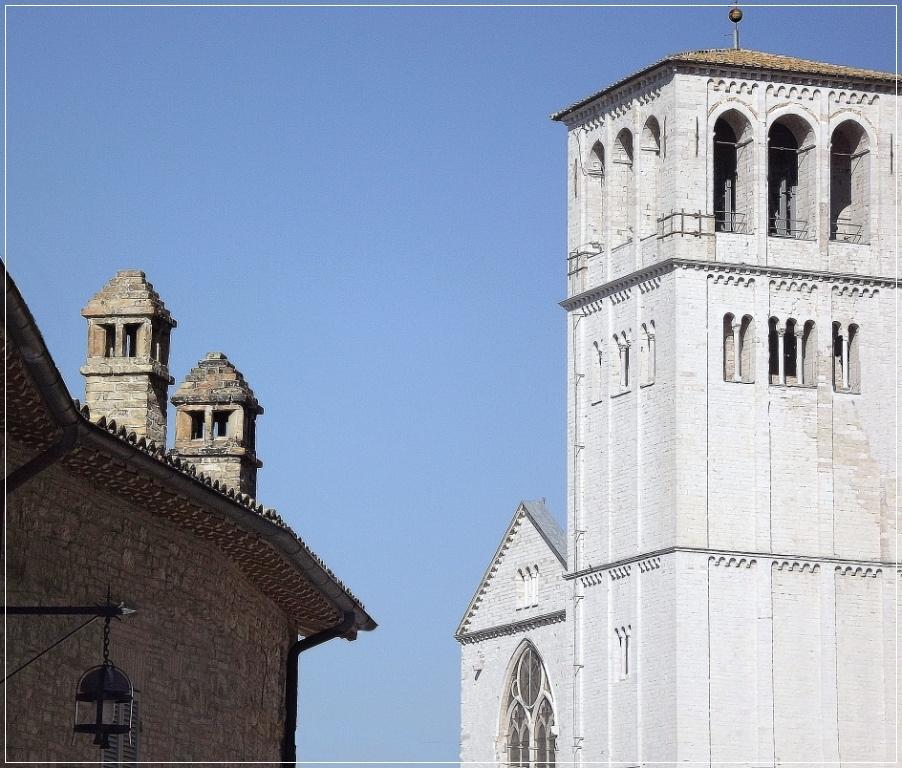 Bazilika szomszédságában