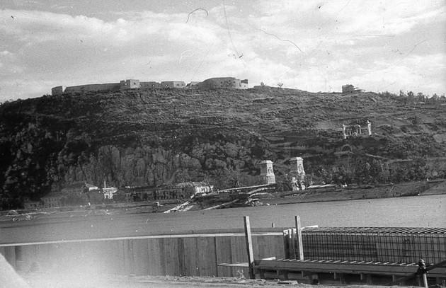 Citadella-1945-SzabadsagSzoborNelkul-fortepan.hu-45581