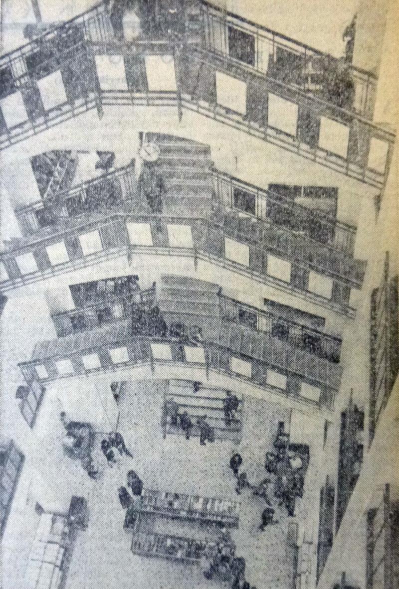 ParisiNagyaruhaz-19641201-Nepszabadsag-02