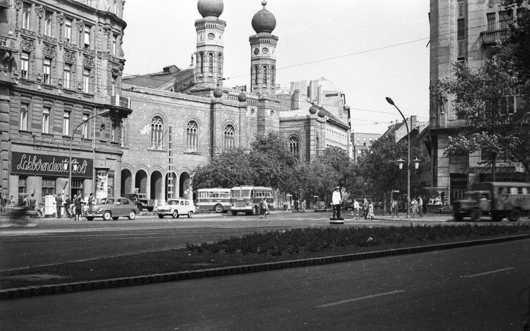 DohanyUtcaiZsinagoga-1966-fortepan.hu-93882