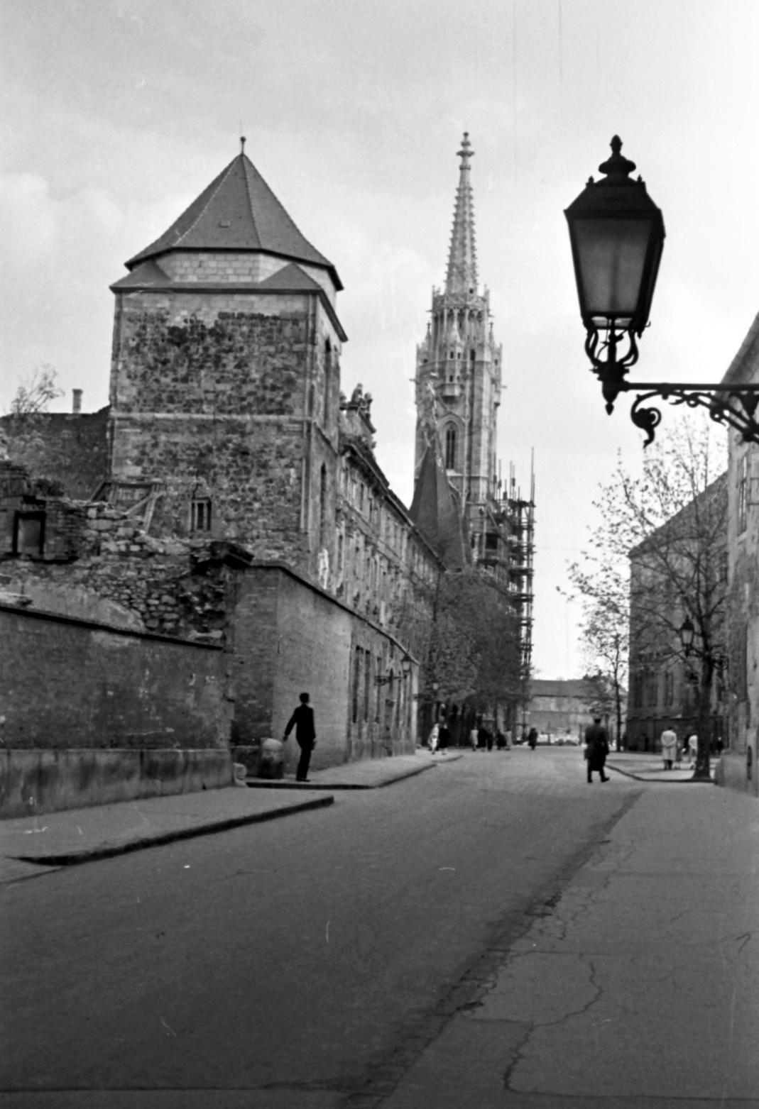 Hilton-BudaiVar-1950esEvek-fortepan.hu-24264