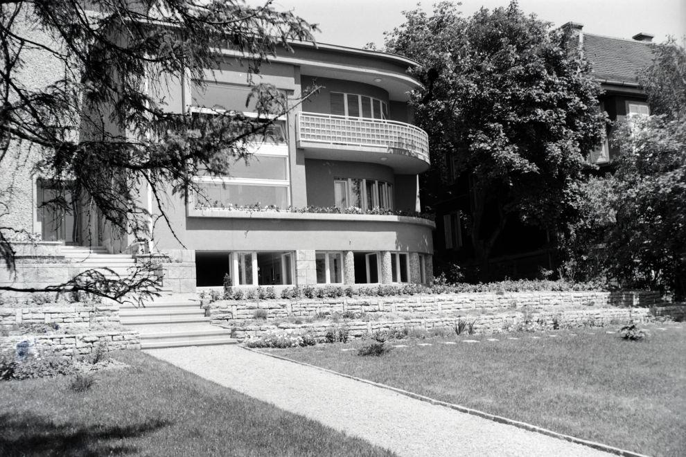 MenesiUt57A-1942Korul-fortepan.hu-173415