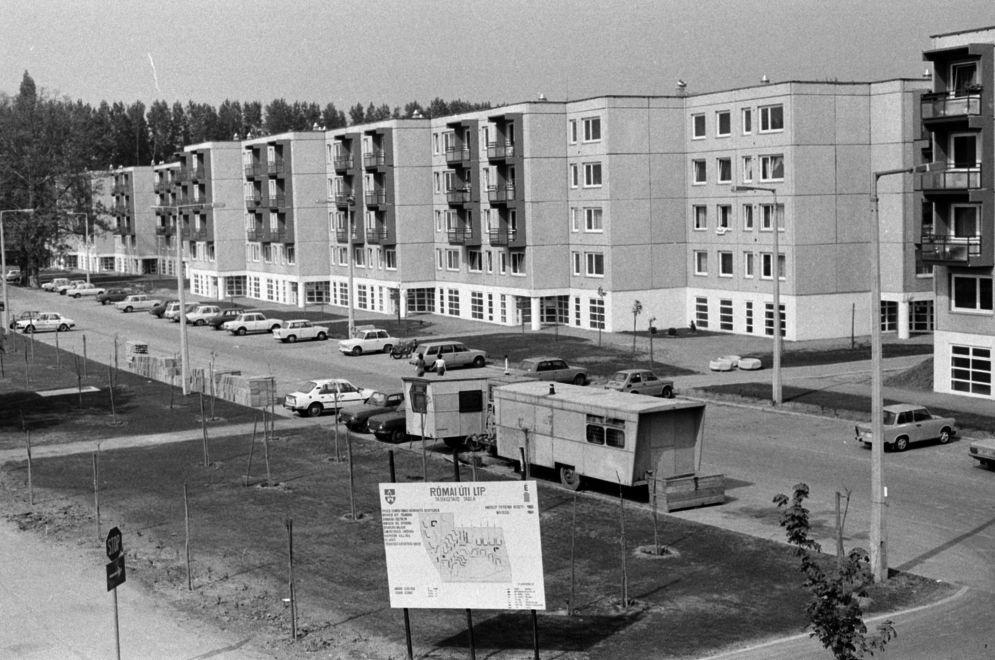 RomaiUtiLtp-1985Korul-fortepan.hu-174559