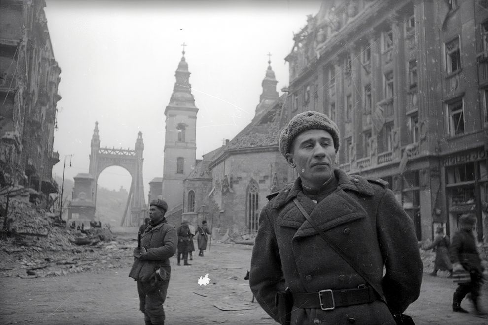 SzabadsajtoUt-1945-fortepan.hu-175219
