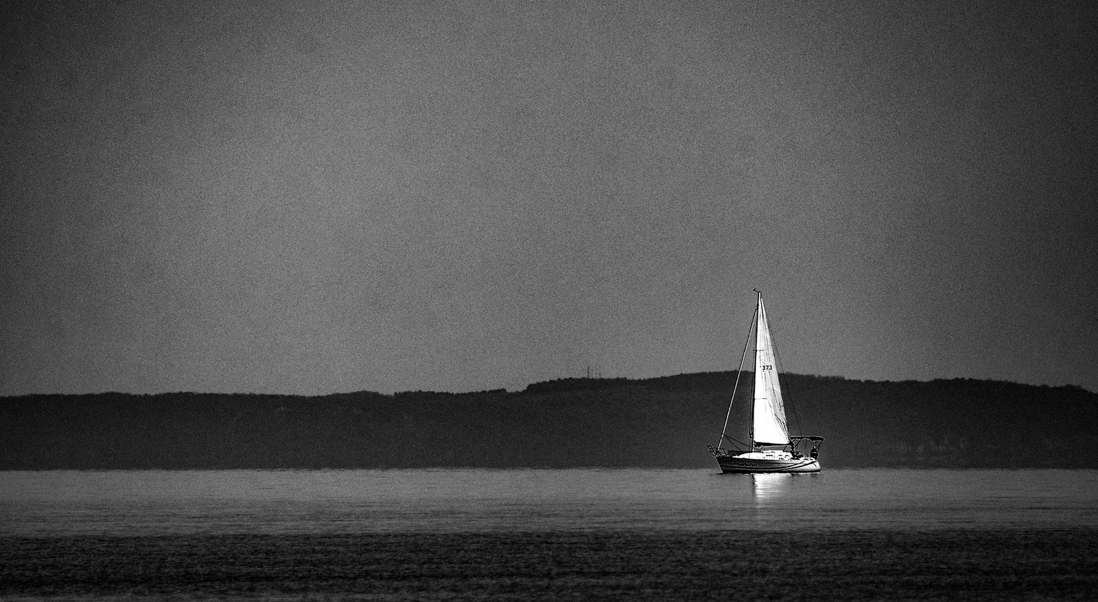 Magányos hajóFF