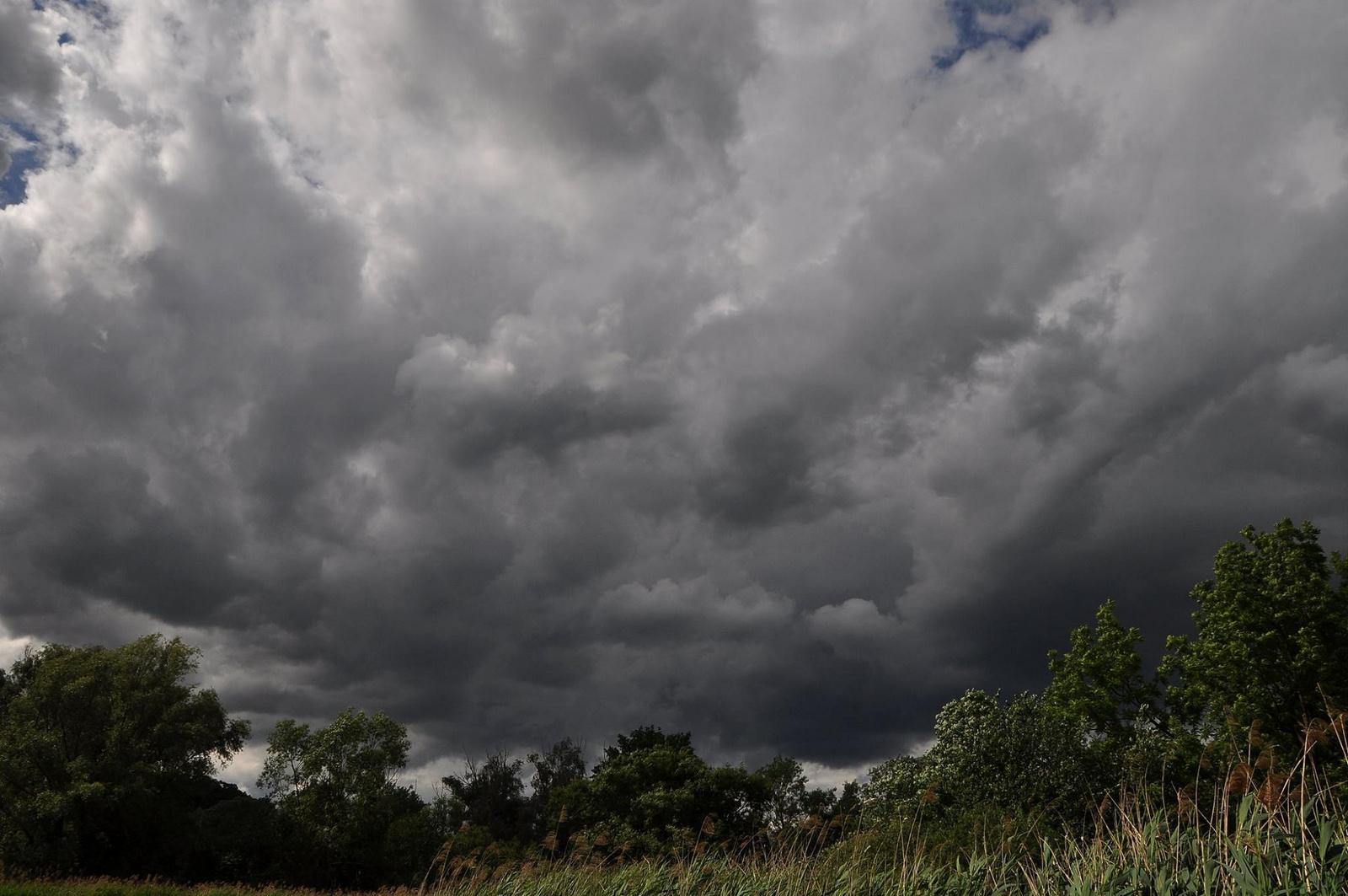 Komor felhők hazafelé