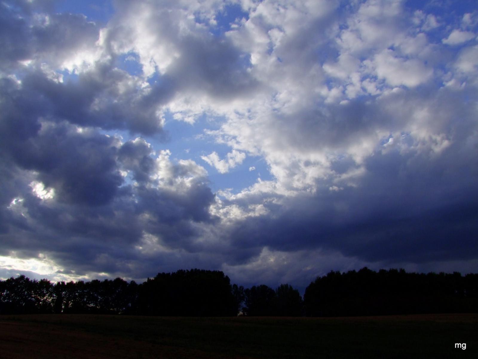 Fenyegető felhők
