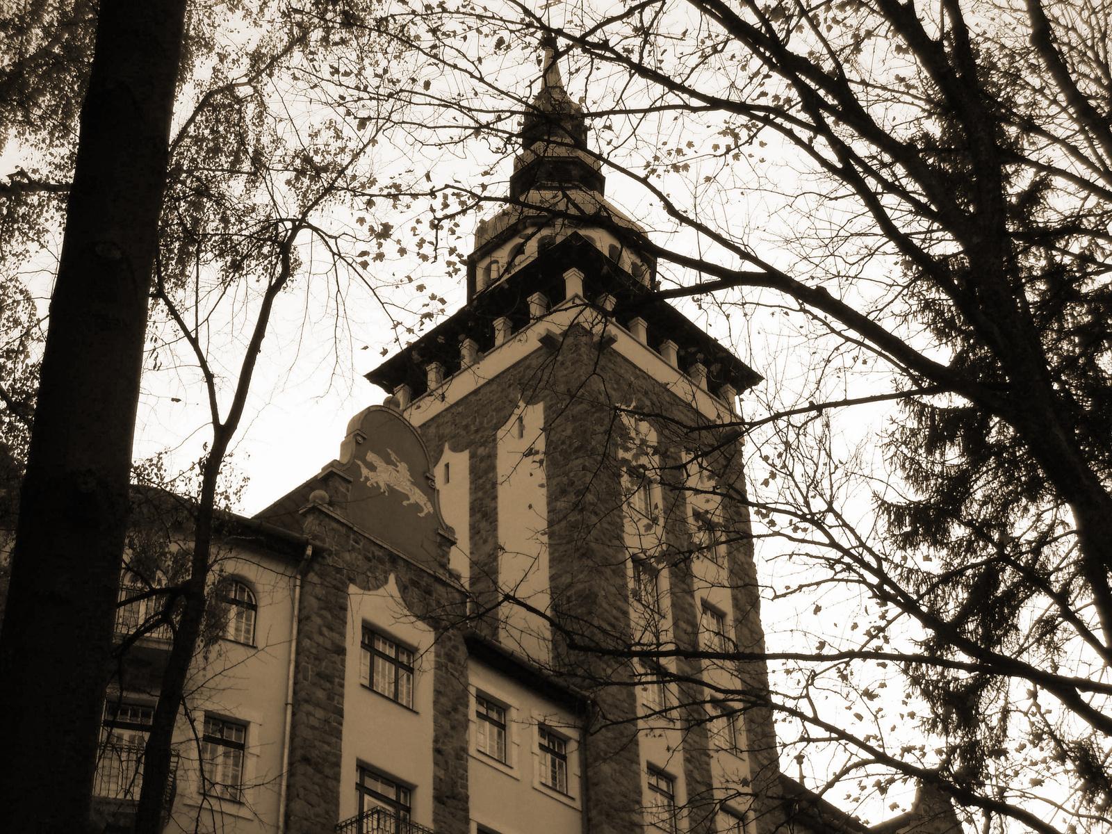 Palotaszálló tornya