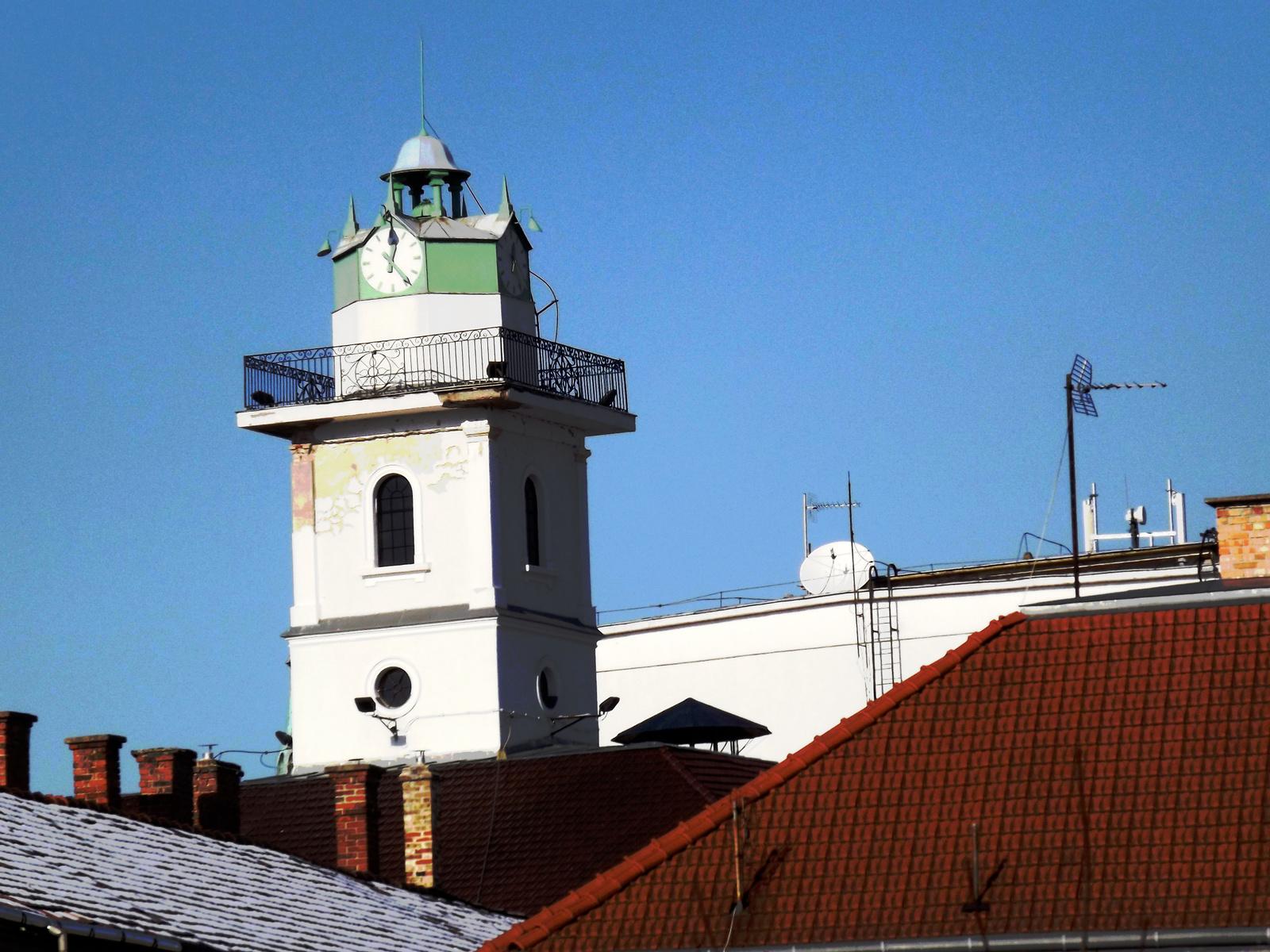 Tetők felett
