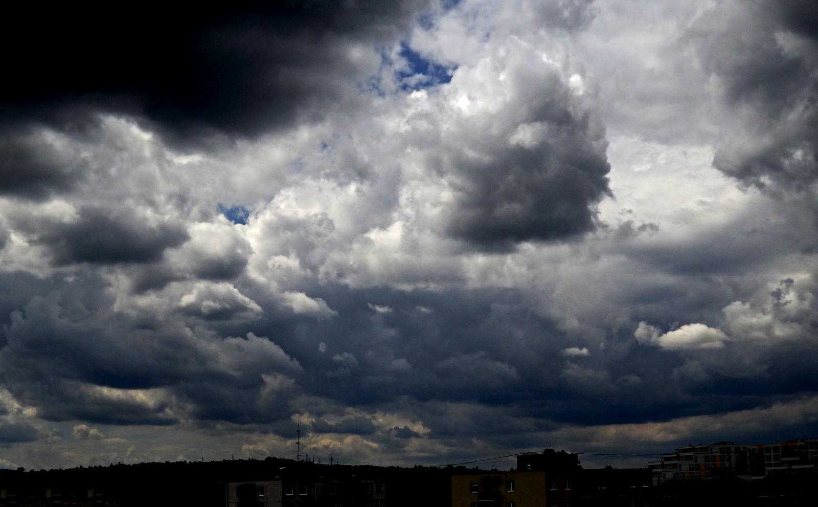 Felhő 2.