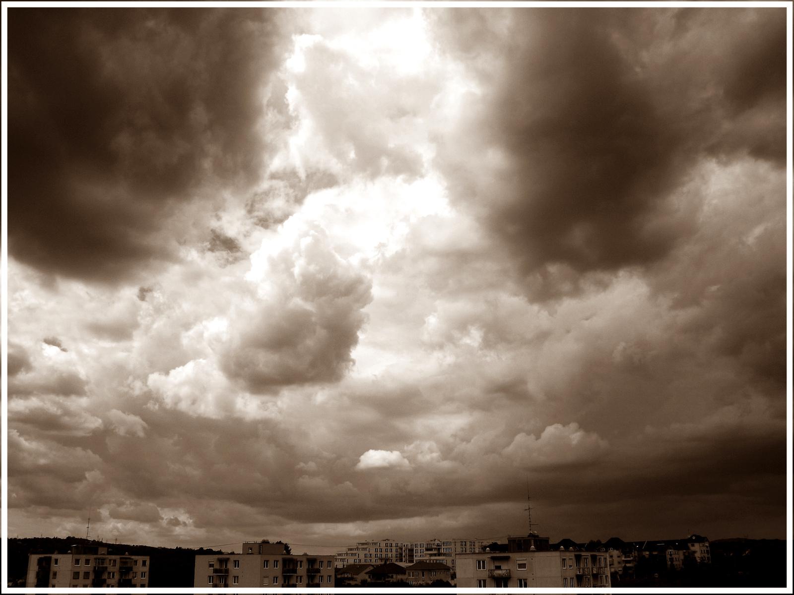 Felhő 3.