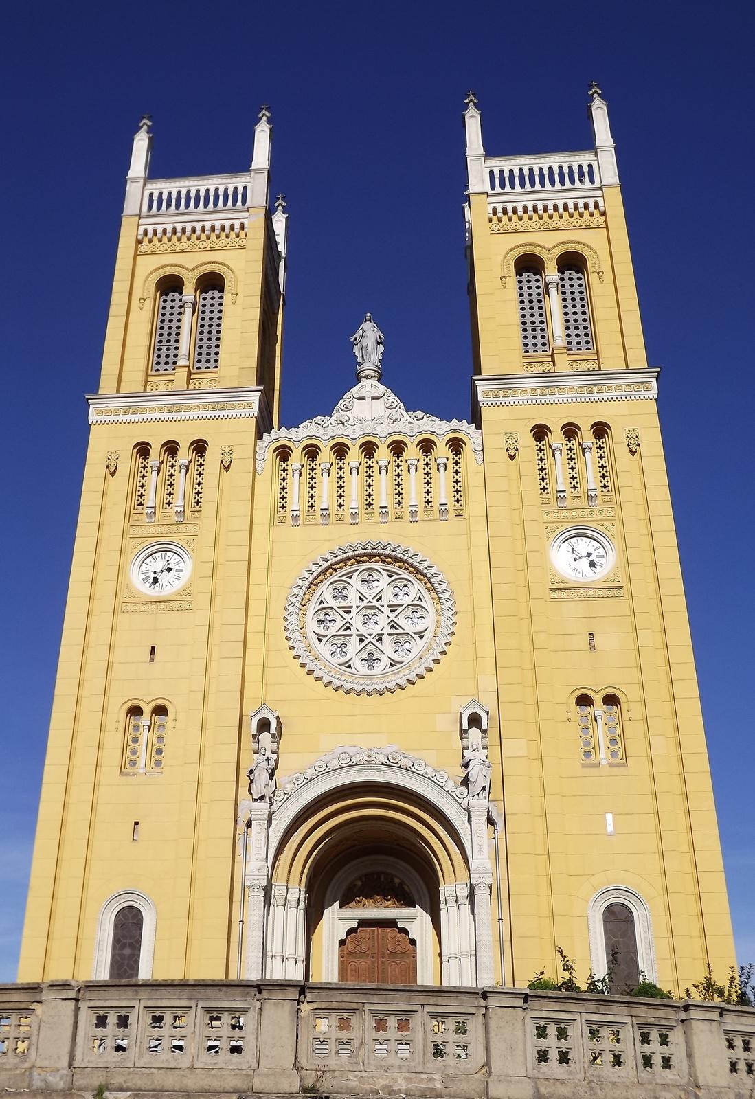Fót-templom