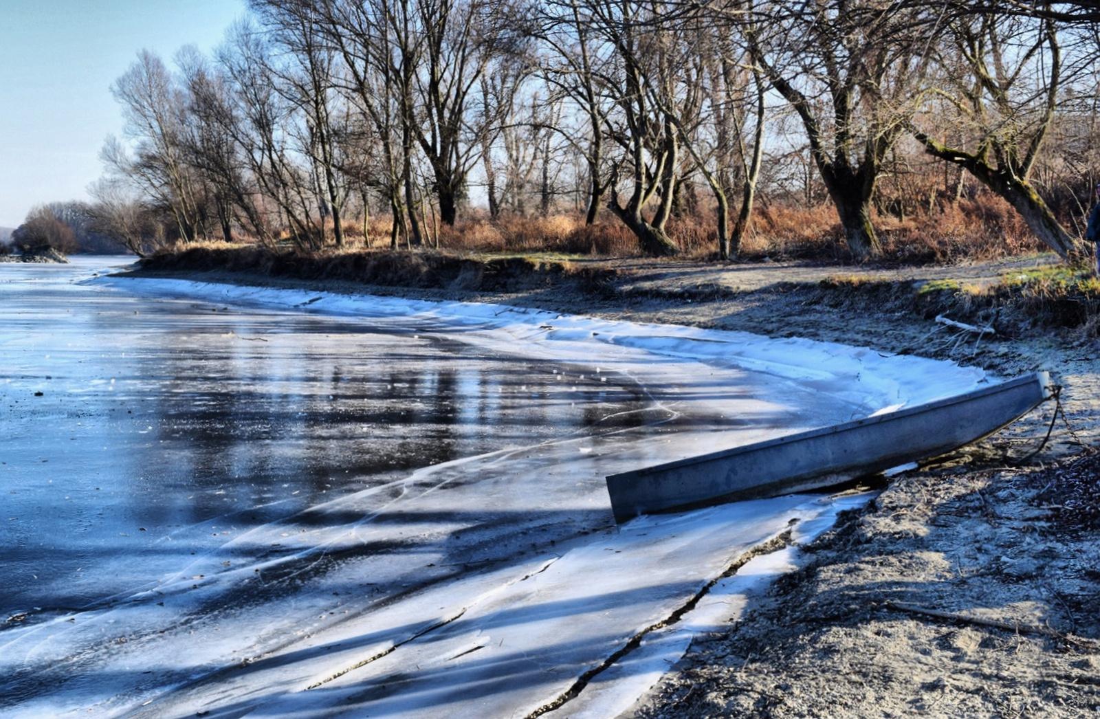 A jeges Duna-parton