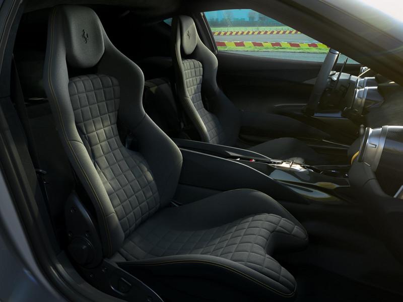 210006-car-new-v12