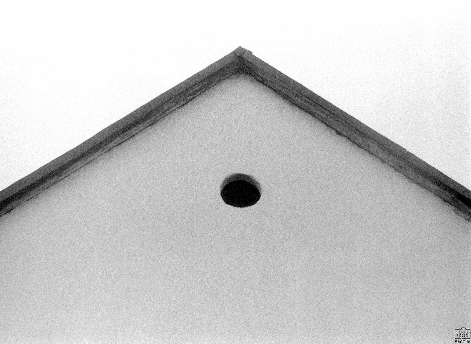 padlásablak, 1973