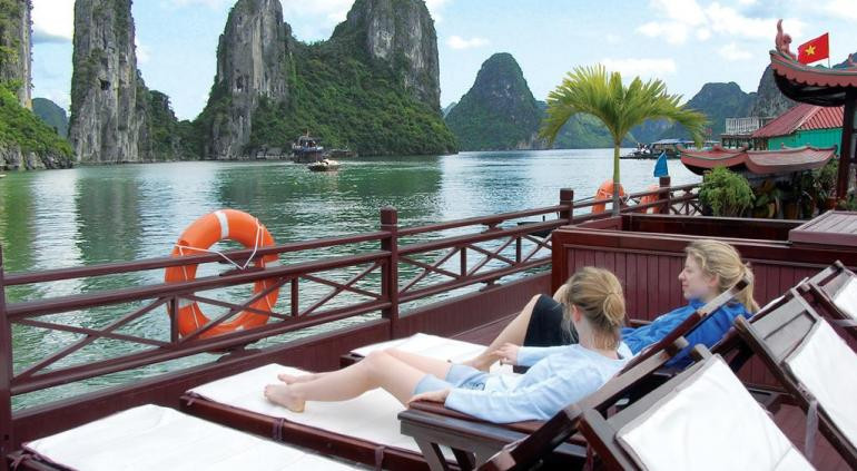 Luxury Calypso Cruiser Ha Long