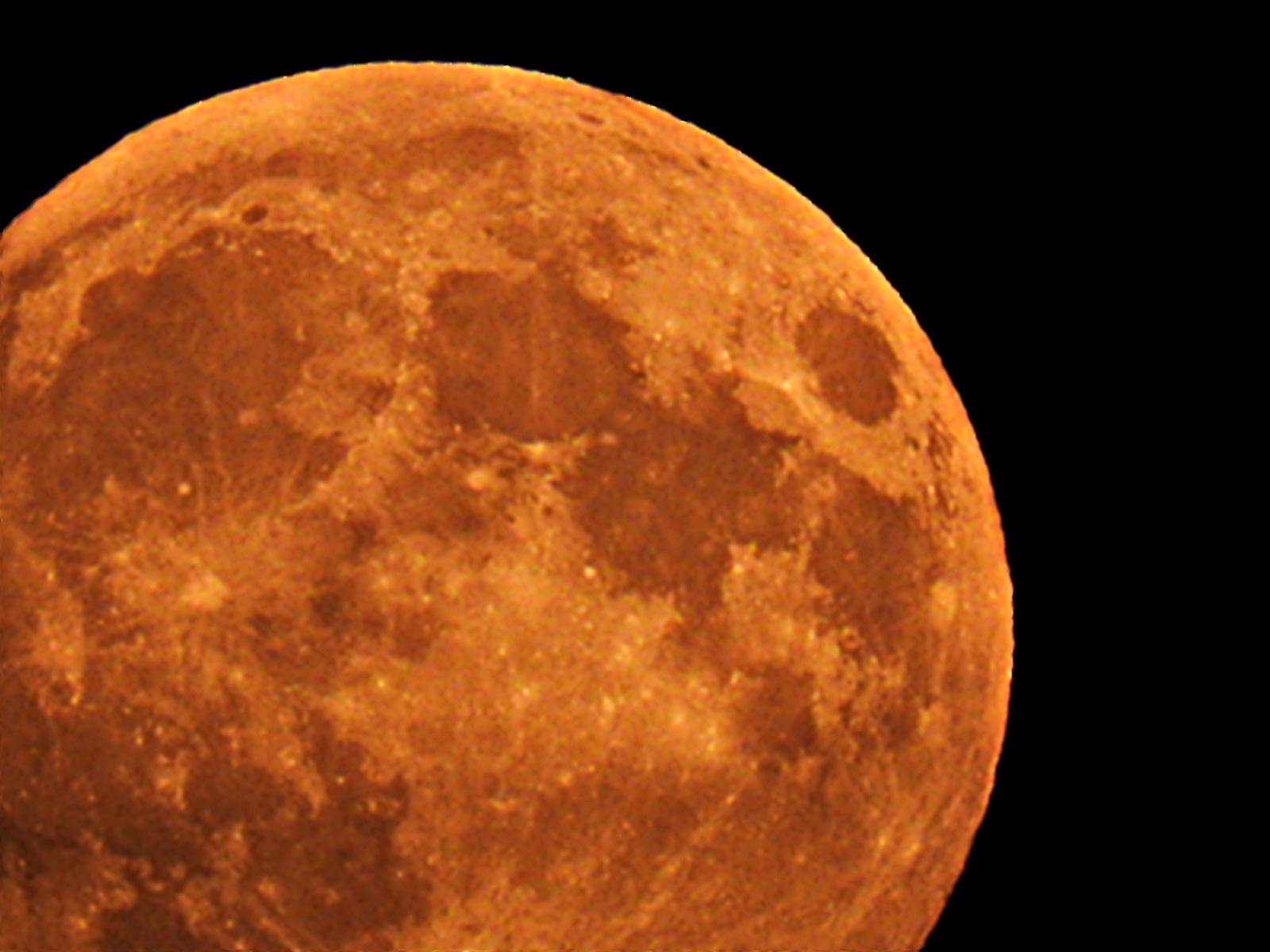 Felkelt a szuper Hold nagyban 2015.09.27.
