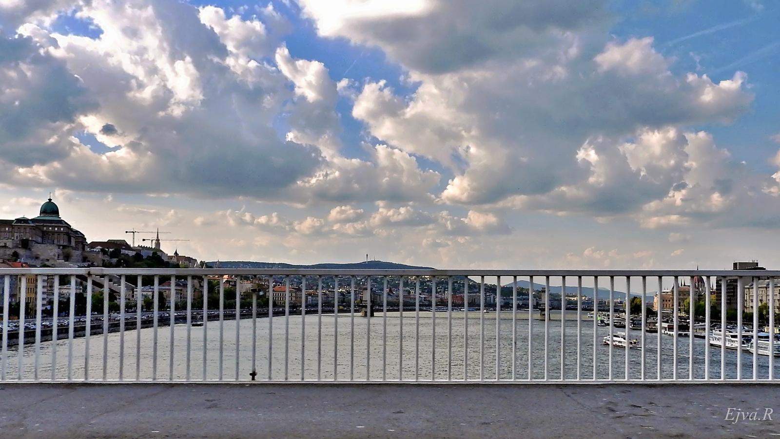 Úton Budapest