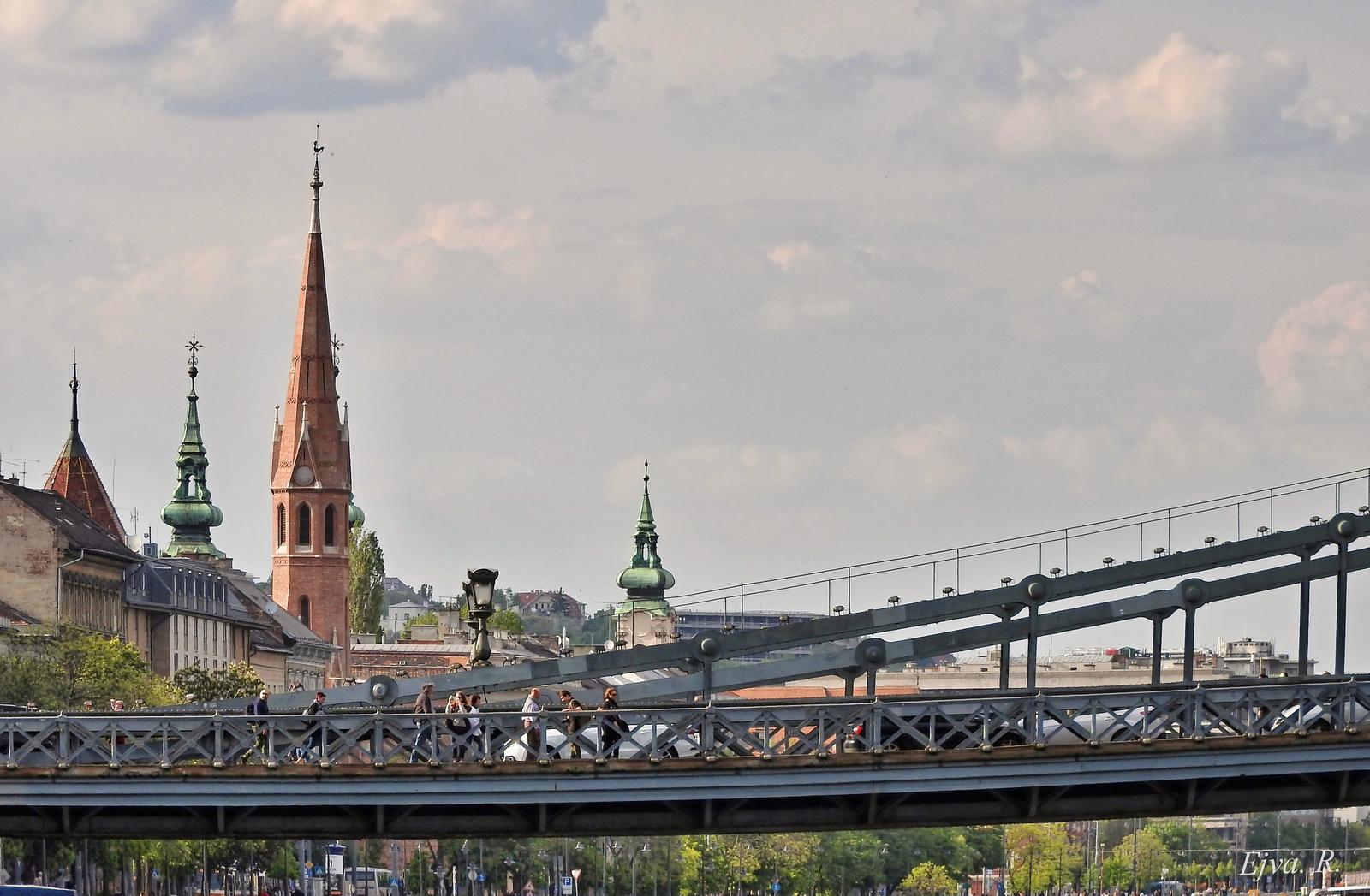 Híd Város Budapest