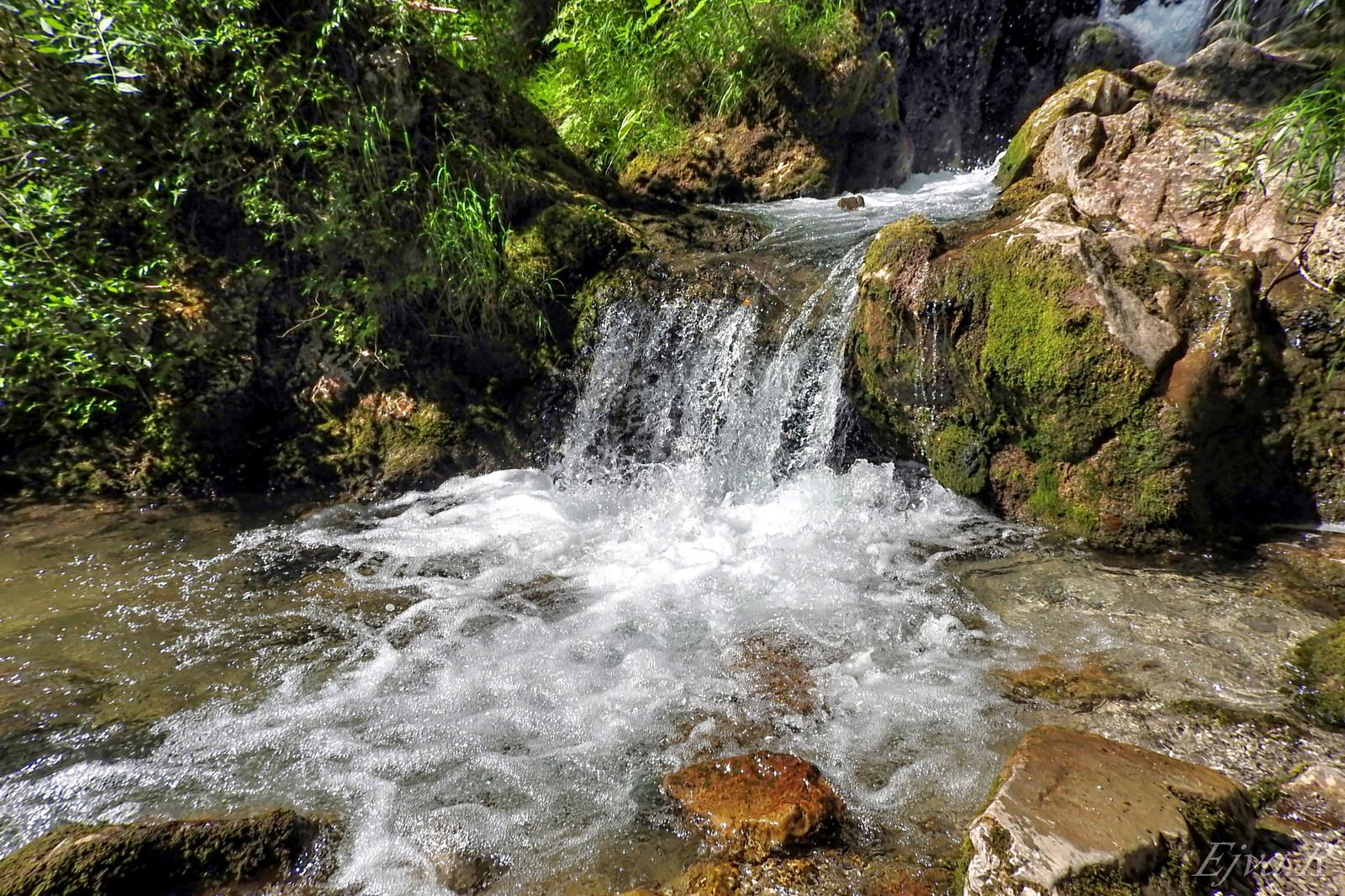 Sebesen Vízesés Patak Alpok