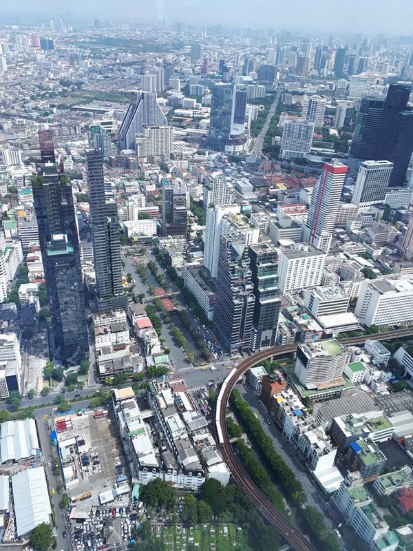 Egész Bangkok belátható