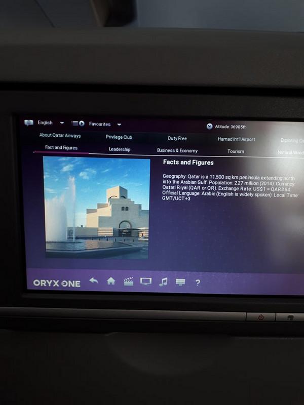 Ha nem néznénk több filmet, vagy nem hallgatnánk zenét, akkor böngészhetünk különböző városajánlók között, és érdekes információkat tudhatunk meg a Qatar Airways-ről.