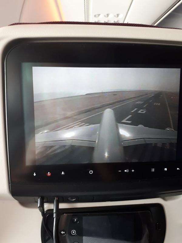 Az A380-as egyik legjobb műsora 3 kamerán keresztül követni a gép mozgását