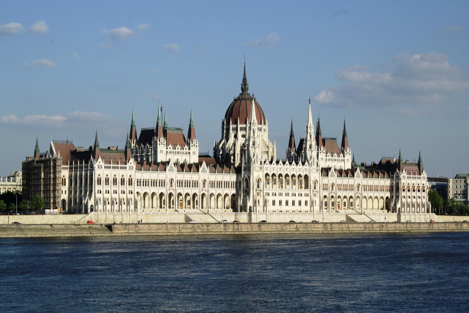 Dunaparti ékszerdoboz