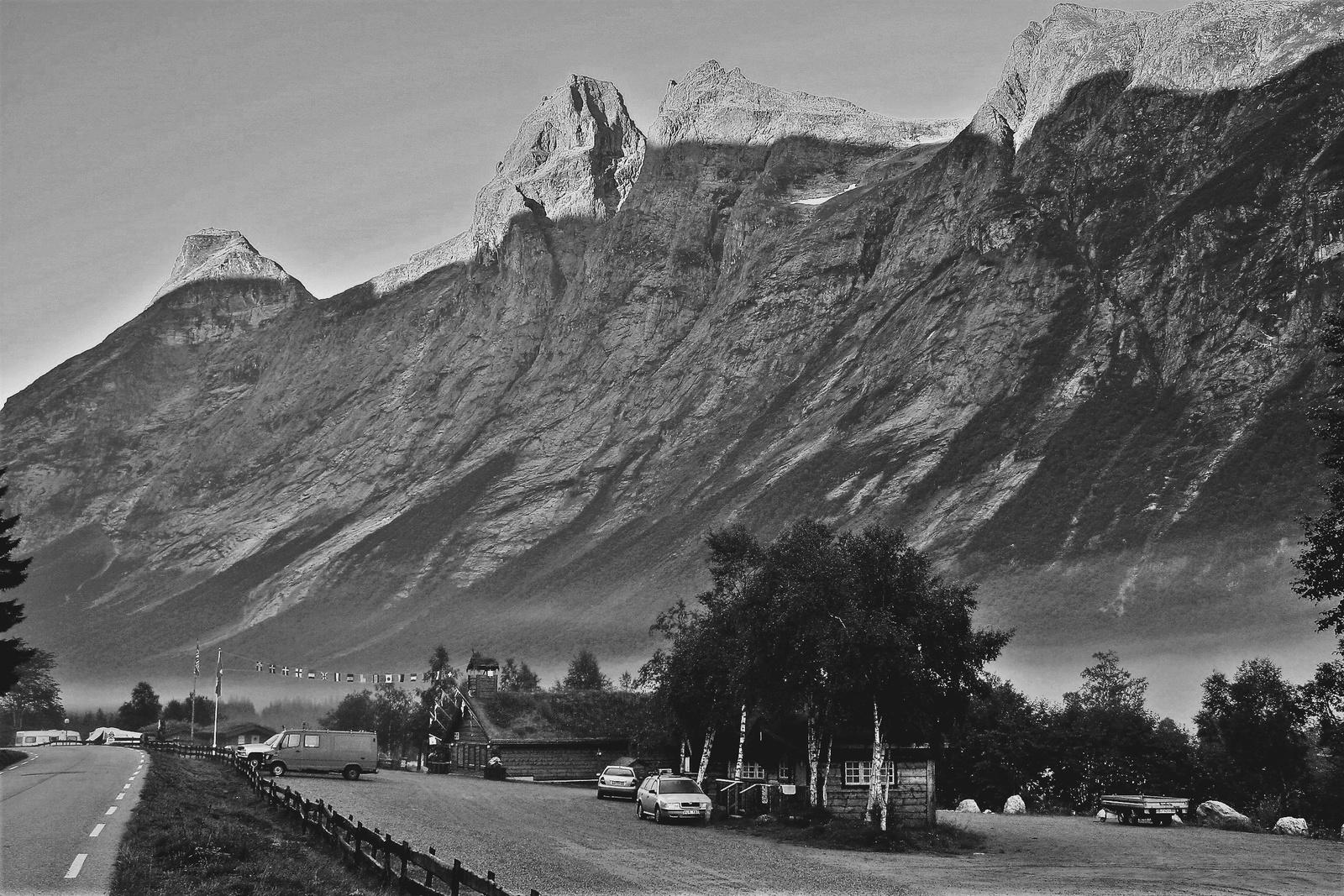 A hegy lábánál